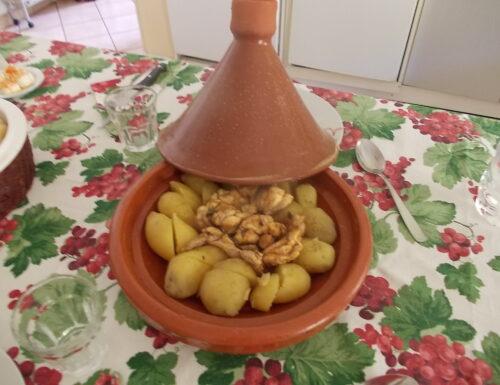 Tajine di pollo e patate